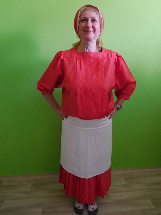 Dámský maškarní kostým Červená karkulka (Cena za půjčovné na 1-3 dny nebo víkend:)