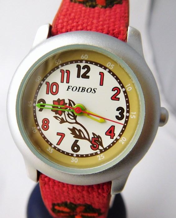 4c393a90f05 Kompletní specifikace · Ke stažení · Související zboží. Dětské dívčí  červené hodinky Foibos 1055.1 pro malé děvčata